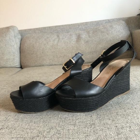 Aldo platform open toe heel in black